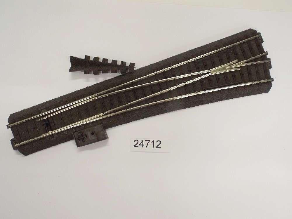 Neuware Länge 70,8 mm Märklin H0-1x 24071 Gerades C-Gleis