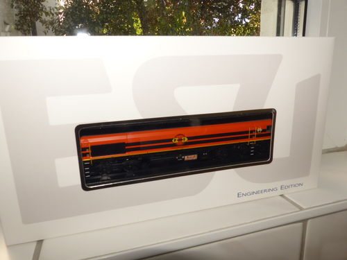 ESU 31287 Diesellok Rail Feeding 561-05, Ep VI, orange, Sound+Rauch, DC/AC
